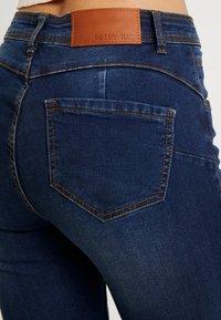 Noisy May - NMJEN SHAPER - Jeansy Skinny Fit - dark blue denim - 5