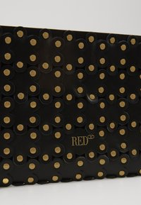 Red V - FLOWER PUZZLE MINI BAG - Clutch - black - 5