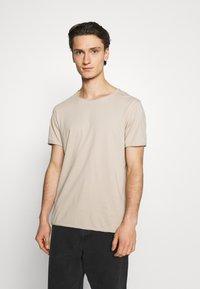 Weekday - DARK - T-shirt - bas - beige - 0
