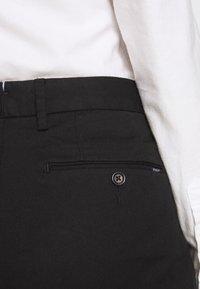 Polo Ralph Lauren - SLIM LEG PANT - Kalhoty - black - 4