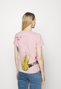 Desigual - MICKEY - T-shirt print - red - 2