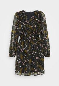 VMHADDIE SHORT GATHERING DRESS - Denní šaty - black/haddie