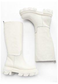 Inuovo - Boots - crema cma - 2