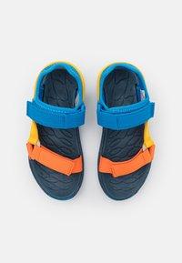 Merrell - KAHUNA UNISEX - Chodecké sandály - blue/multicolor - 3