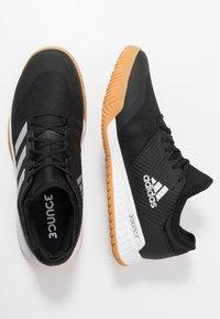 adidas Performance - COURT TEAM BOUNCE - Boty na házenou - core black/silver metallic/footwear white - 1
