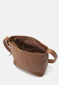 Zign - LEATHER - Across body bag - tan - 2