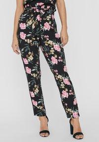 Vero Moda - Pantaloni - black - 0