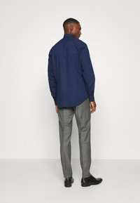 Calvin Klein Tailored - EASY CARE FITTED SHIRT - Shirt - blue - 2