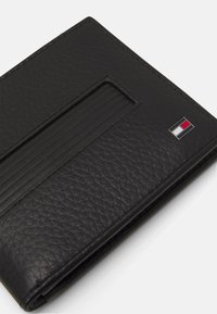 Tommy Hilfiger - DOWNTOWN WALLETT - Portfel - black - 3