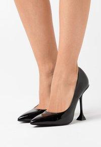 RAID - RUMER - Zapatos altos - black - 0