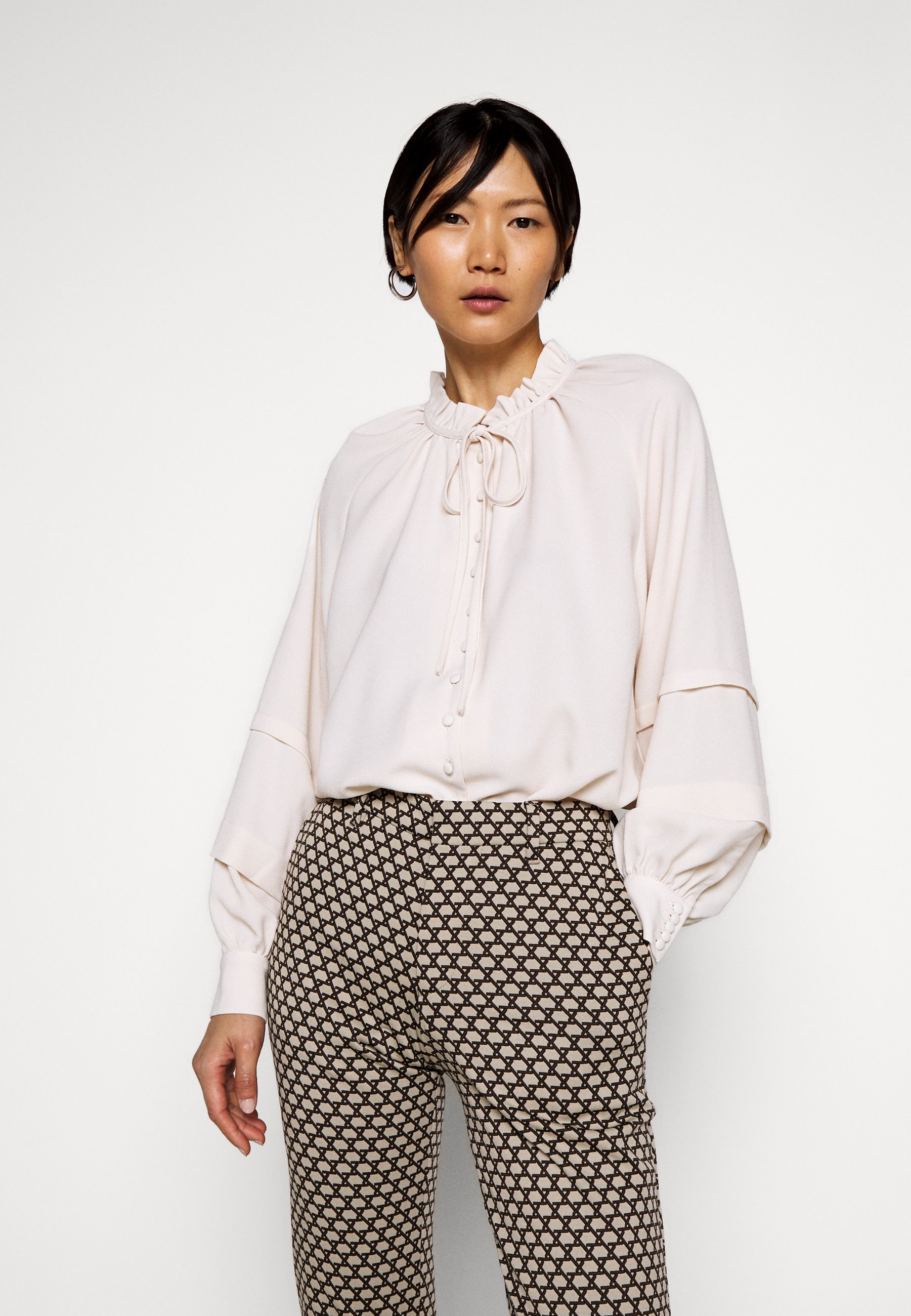 Outlet Store Women's Clothing Hofmann Copenhagen ANINE Button-down blouse creme Q8q9TFeNz