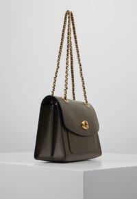 Coach - PARKER SHOULDER BAG - Handbag - moss - 3