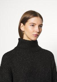 Noisy May - NMROBINA HIGH NECK DRESS - Strikket kjole - dark grey melange - 3
