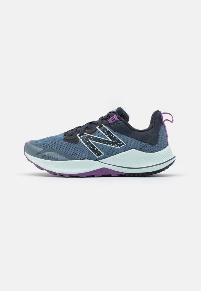 NITREL - Chaussures de running - silver pine