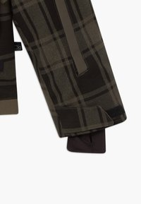 Brunotti - CHECK BOYS - Snowboardová bunda - pine grey - 6
