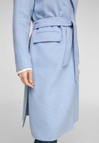 s.Oliver BLACK LABEL - Classic coat - light blue - 4