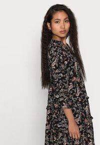 Vero Moda Petite - VMSIMPLY EASY SHORT DRESS - Denní šaty - black - 3