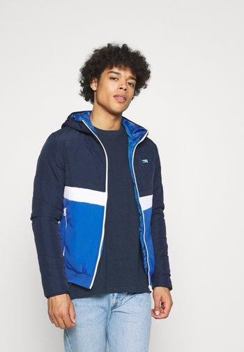 JCOMAGIC TWIST QUILTED JACKET HOOD - Light jacket - navy blazer