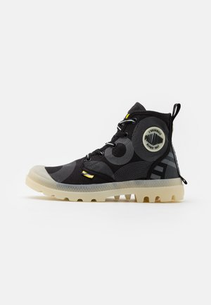 PAMPA GITD X SMILEY UNISEX - Bottines à lacets - anthracite