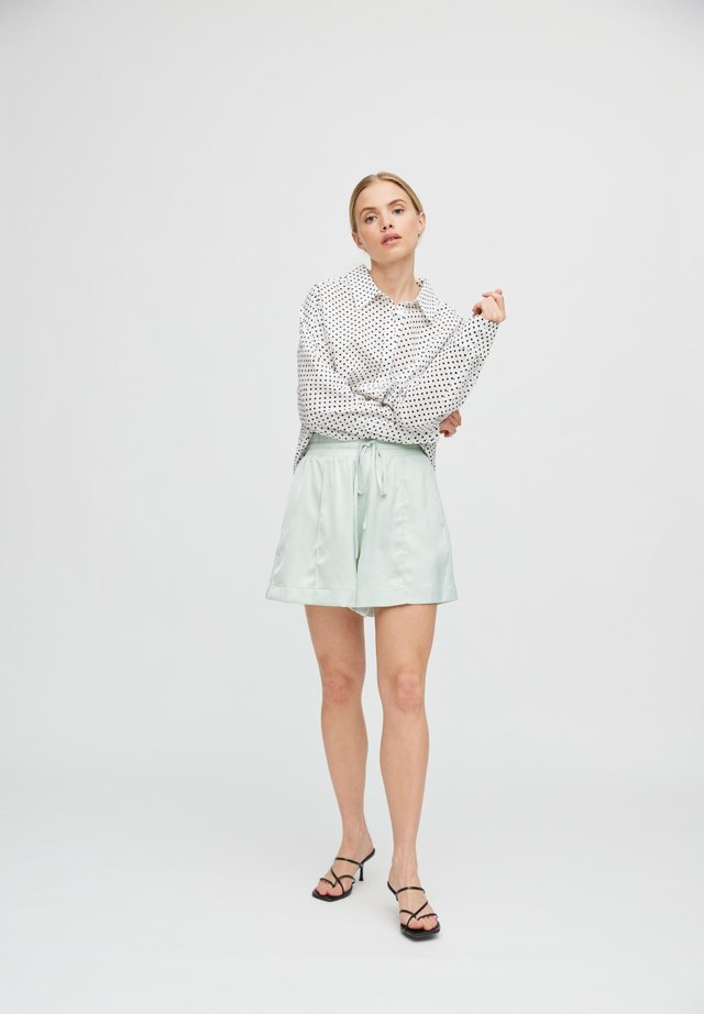 SIMA - Shorts - mint