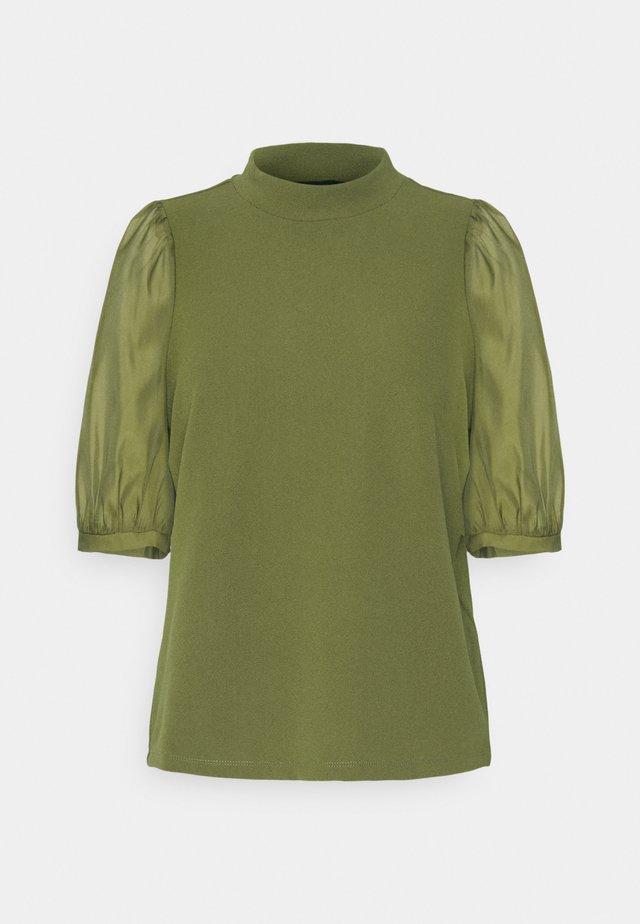 VMCORAL  - Bluzka - fir green