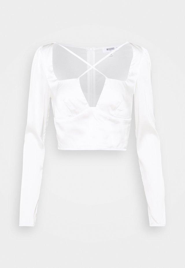 SATIN CROSS STRAP LONG SLEEVE CROP  - Bluser - white