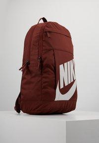 Nike Sportswear - ELEMENTAL - Rucksack - bronze/eclipse - 3