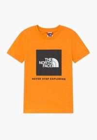 The North Face - BOX TEE UNISEX - Triko spotiskem - flame orange - 0