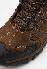 Hi-Tec - AUCKLAND II WP - Trekingové boty - brown/black/burnt orange - 5