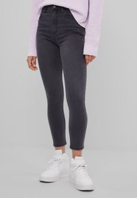 Bershka - Slim fit jeans - grey - 0