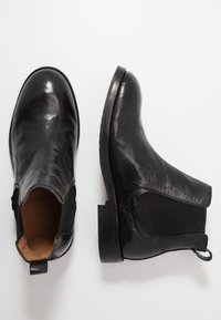 Hudson London - WISTMAN - Classic ankle boots - black - 1