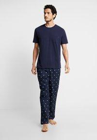 Lacoste - Pyjamas - navy blue - 1