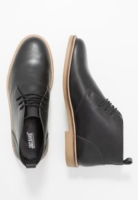Jacamo - EXTRA WIDE FIT CHUKKA - Casual lace-ups - black - 1