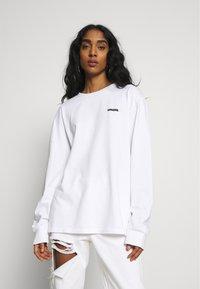 WAWWA - LOGO LONGSLEEVE - Long sleeved top - white - 3