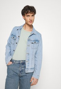 BDG Urban Outfitters - DAD - Jeans Tapered Fit - light wash - 3