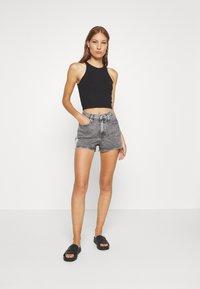Calvin Klein Jeans - HIGH RISE - Shorts di jeans - grey tape - 1