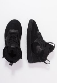 Nike Sportswear - COURT BOROUGH MID WINTERIZED  - Lær-at-gå-sko - black/white - 0
