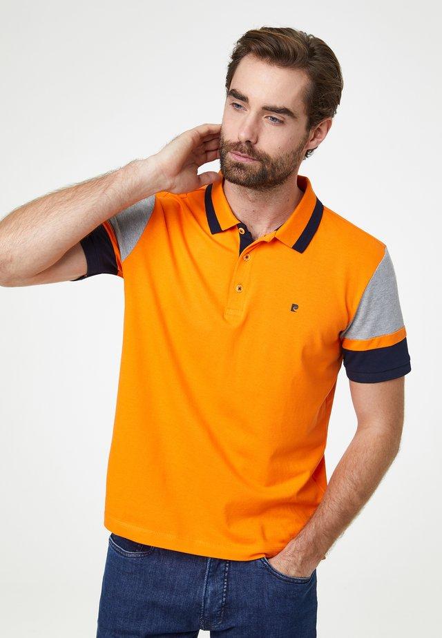 COLOR BLOCKING FUTUREFLEX - Polo - orange