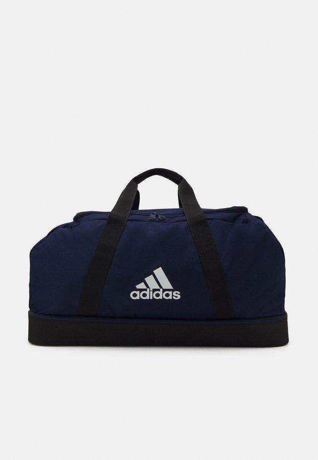 TIRO UNISEX - Sporttas - team navy blue/black/white