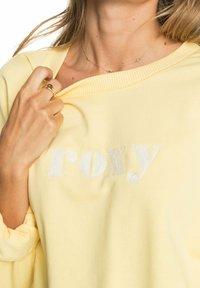Roxy - BREAK AWAY CREW - Sweatshirt - pale banana - 4