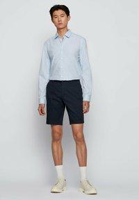 BOSS - SLICE - Shorts - dark blue - 1
