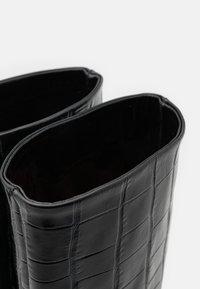 L'Autre Chose - BOOT NON ZIP - Stivali alti - black - 6