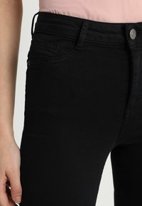 Gina Tricot - MOLLY HIGHWAIST  - Jeans Skinny Fit - black - 5