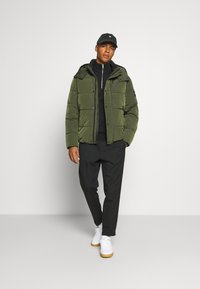Calvin Klein - CRINKLE  - Winter jacket - green - 1