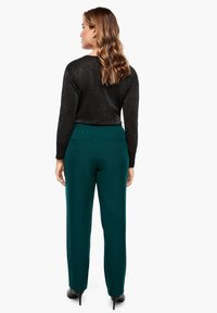 Triangle - REGULAR FIT - Trousers - emerald - 2