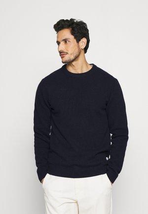 KARL CREW NECK BOUNTY - Neule - navy blazer