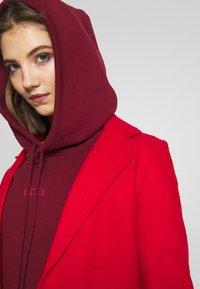 ONLY - ONLAMINA COAT - Zimní kabát - fiery red - 4