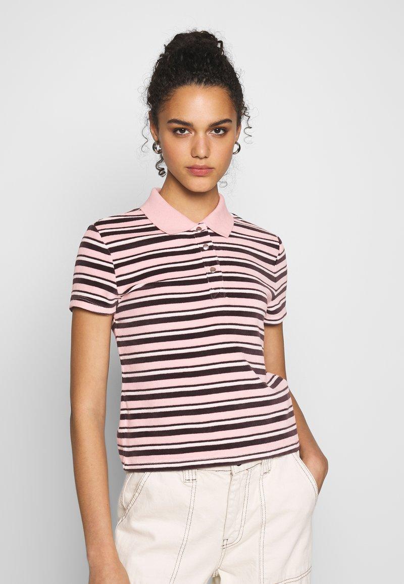Vans - SANDY - Polo shirt - lotus