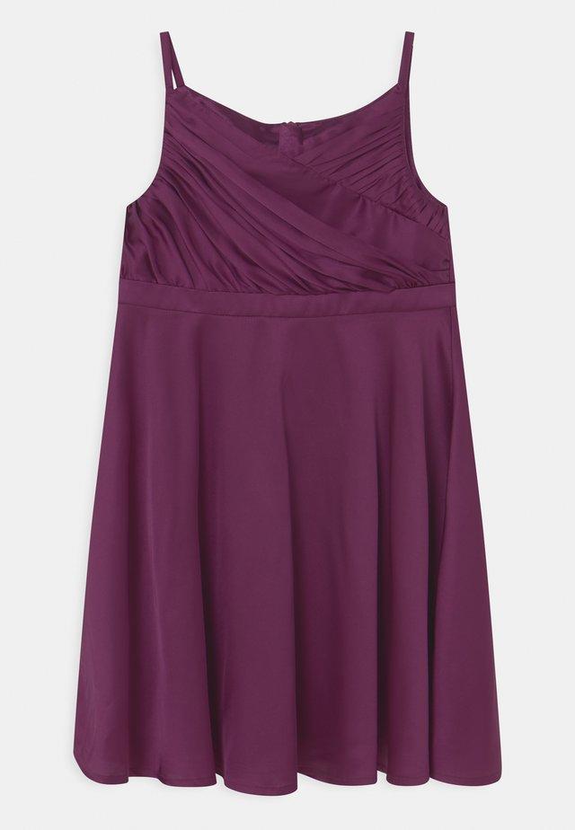 GIRLS LIZZIE - Koktejlové šaty/ šaty na párty - berry