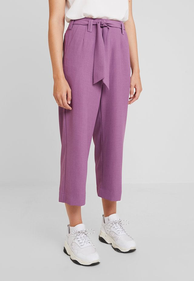 TAILORED TROUSERS - Pantalon classique - purple
